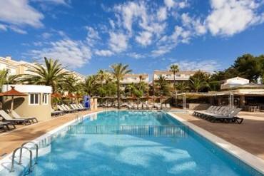"""фото Бассейн, Отель """"Insotel Cala Mandia Resort 4*"""", Майорка"""