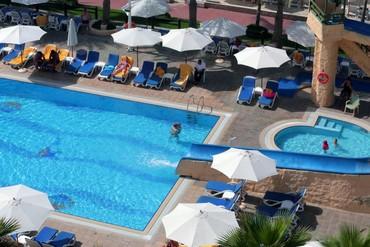 """фото бассейн, Отель """"Sharjah Grand Hotel"""" 4*, Шарджа"""