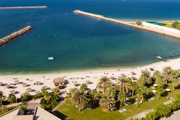 "фото Пляж, Отель ""Radisson Blu Resort Sharjah"" 4*, Шарджа"