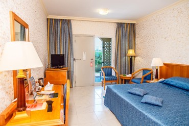 "фото Номер, Отель ""Sharjah Carlton Hotel"" 4*, Шарджа"