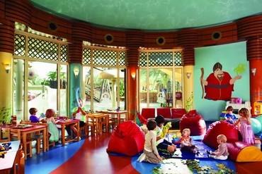 """фото развлечения для детей, Отель """"Madinat Jumeirah Al Qasr"""" 5*, Дубай"""