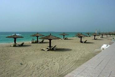 "фото Пляж, Отель ""Sharjah Carlton Hotel"" 4*, Шарджа"