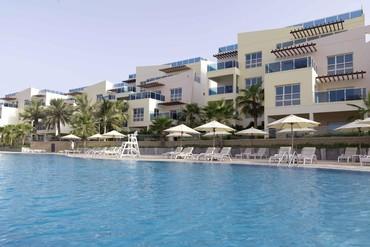 "фото бассейн, Отель ""Radisson Blu Resort Fujairah 5*"", Фуджейра"