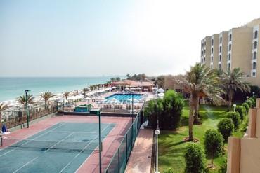 """фото Спортивная площадка, Отель """"Sharjah Carlton Hotel"""" 4*, Шарджа"""