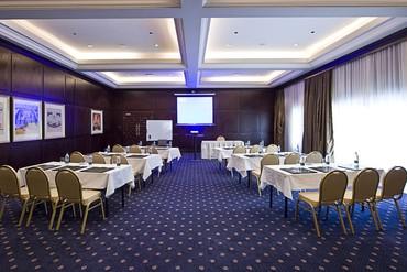 """фото Конференц-зал, Отель """"Iberotel Miramar Al Aqah Beach Resort"""" 5*, Фуджейра"""
