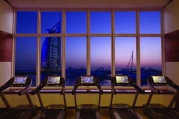 """фото тренажерный зал, Отель """"Jumeirah Beach Hotel"""" 5*, Дубай"""