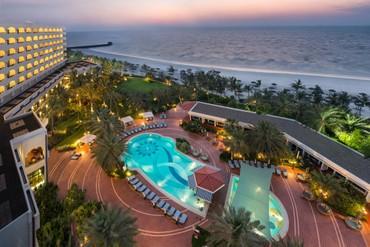 """фото Территория, Отель """"Kempinski Hotel Ajman"""" 5*, ОАЭ"""