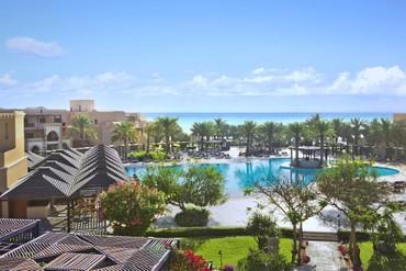 "фото Бассейн, Отель ""Iberotel Miramar Al Aqah Beach Resort"" 5*, Фуджейра"