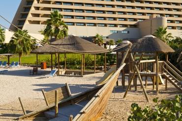 """фото Детская площадка, Отель """"Radisson Blu Resort Sharjah"""" 4*, Шарджа"""