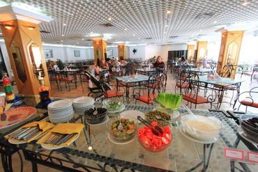 "фото питание, Отель ""Beach Hotel Sharjah"" 3*, Шарджа"