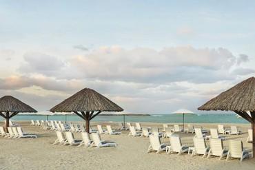 """фото пляж, Отель """"Hilton Ras Al Khaimah Resort & Spa"""" 5*, Рас-аль-Хайма"""