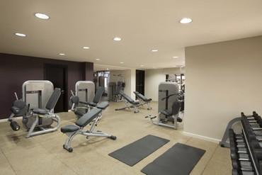 """фото тренажерный зал, Отель """"Hilton Ras Al Khaimah Resort & Spa"""" 5*, Рас-аль-Хайма"""
