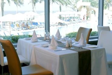 "фото питание, Отель ""Sharjah Grand Hotel"" 4*, Шарджа"