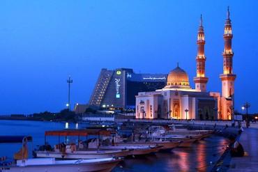 """фото Территория, Отель """"Radisson Blu Resort Sharjah"""" 4*, Шарджа"""