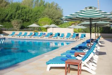 "фото Бассейн, Отель ""Bin Majid Beach Hotel"" 4*, Рас-аль-Хайма"