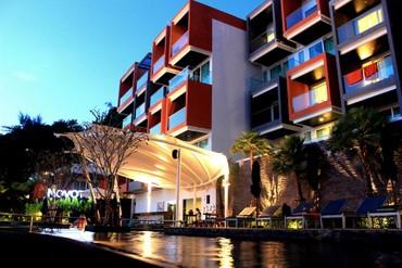 """фото бассейн, Отель """"Novotel Phuket Kamala Beach"""" 4*, Пхукет"""