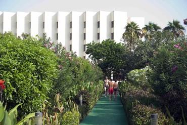 "фото Территория, Отель ""Bin Majid Beach Hotel"" 4*, Рас-аль-Хайма"