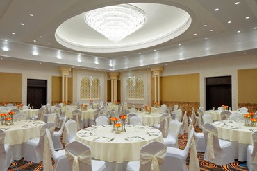 "фото Питание, Отель ""Sheraton Sharjah Beach Resort & Spa"" 5*, ОАЭ"