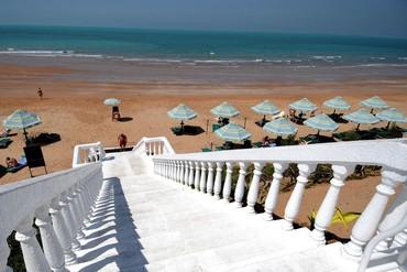 "фото Пляж, Отель ""Bin Majid Beach Hotel"" 4*, Рас-аль-Хайма"