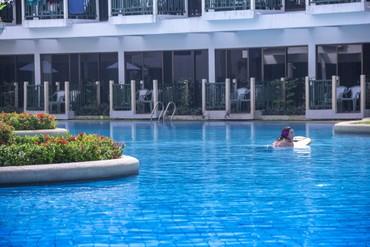 """фото Бассейн, Отель """"Amora Beach Resort"""" 4*, Пхукет"""