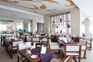"""фото Питание, Отель """"Grand Jomtien Palace"""" 3*, Паттайя"""