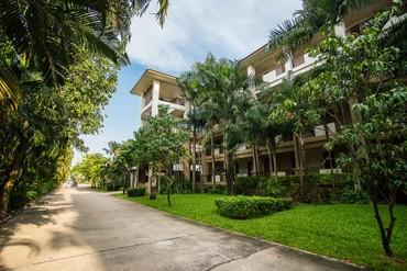 "фото Территория, Отель ""Ravindra Beach Resort & Spa"" 4*, Паттайя"