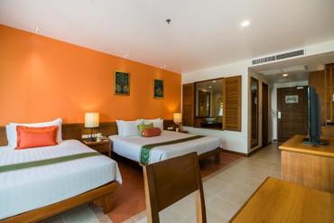 "фото Номер, Отель ""Ravindra Beach Resort & Spa"" 4*, Паттайя"