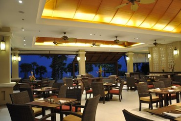 "фото Питание, Отель ""Ravindra Beach Resort & Spa"" 4*, Паттайя"