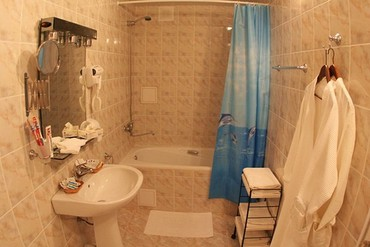 "фото Люкс 2-местный 2-комнатный, Пансионат ""Черное море"", Анапа"