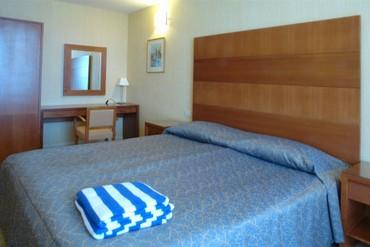 """фото Suite VALENCIA 2-местный,3-комнатный, Отель """"Алые паруса (Феодосия)"""", Феодосия"""