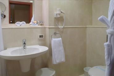 """фото Suite POMPEYA 2-местный,3-комнатный, Отель """"Алые паруса (Феодосия)"""", Феодосия"""