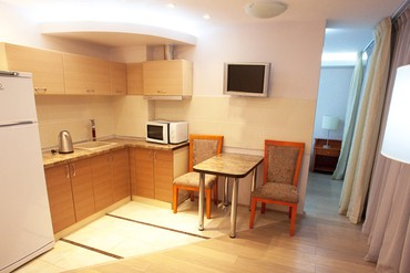 """фото Апартаменты 2-местные Люкс, Отель """"Porto Mare"""", Алушта"""
