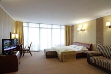 """фото Standart DBL 2-местный, корп.Парус, Отель """"Respect Hall"""", Ялта"""
