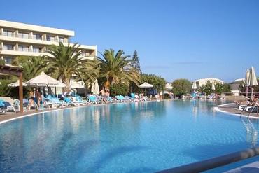 """фото Бассейн, Отель """"Agapi Beach 4*"""", Крит"""