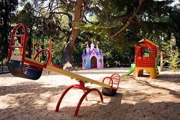 """фото Детская площадка, Отель """"Respect Hall"""", Ялта"""