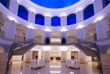 """фото Холл, Отель """"Mitsis Laguna Resort 5*"""", Крит"""