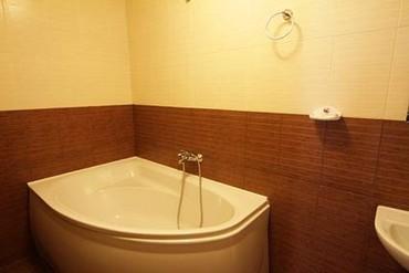 """фото Люкс 2-комнатный,2-местный, Курортный комплекс """"Golden (бывш. Золотой Колос)"""", Алушта"""