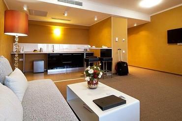 """фото Люкс 2-местный 2-комнатный, Отель """"Европа"""", Алушта"""