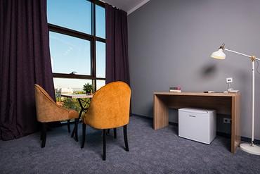 """фото Suite Superior 3-местный, Отель """"Beton Brut"""", Анапа"""