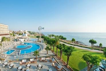 "фото Pool 1 Panoramic (Custom), Отель ""Pernera Beach Hotel"", Кипр"