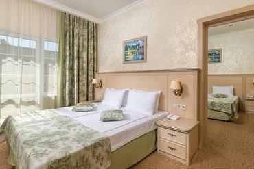 "фото Довиль 2, Отель ""Alean family resort & Spa Doville"" (бывш. ""Довиль Отель & SPA""), Анапа"
