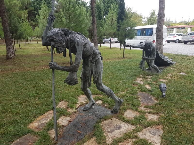 Фото хворых людей (Скульптуры)