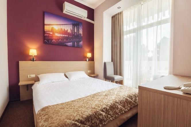 Улучшенный 2-х комнатный 2-х местный( с балконом) корпус 5