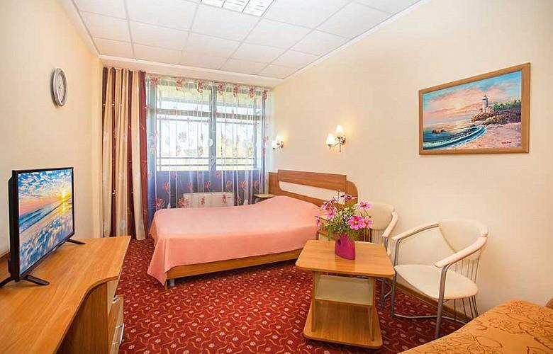 «Стандарт» 1-комнатный 2-местный с балконом 1 категории №805