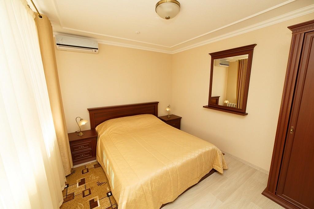Люкс 3-х комнатный 2-х  местный корпус 10