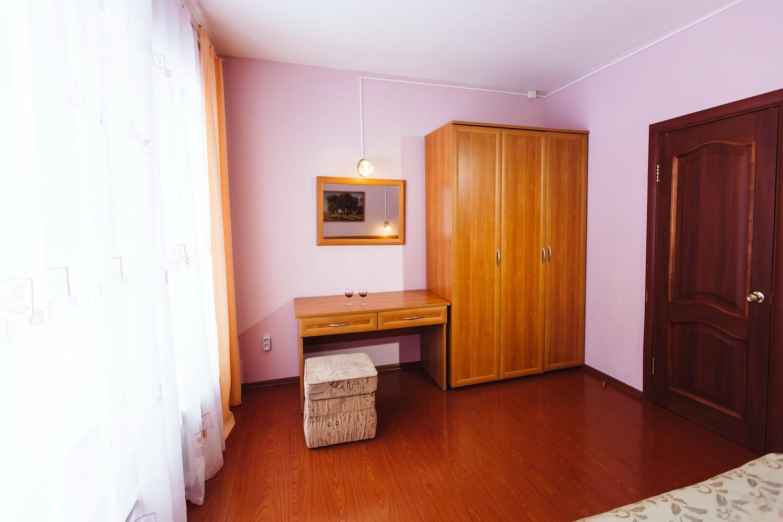 Двухкомнатный апартамент «Коттедж»