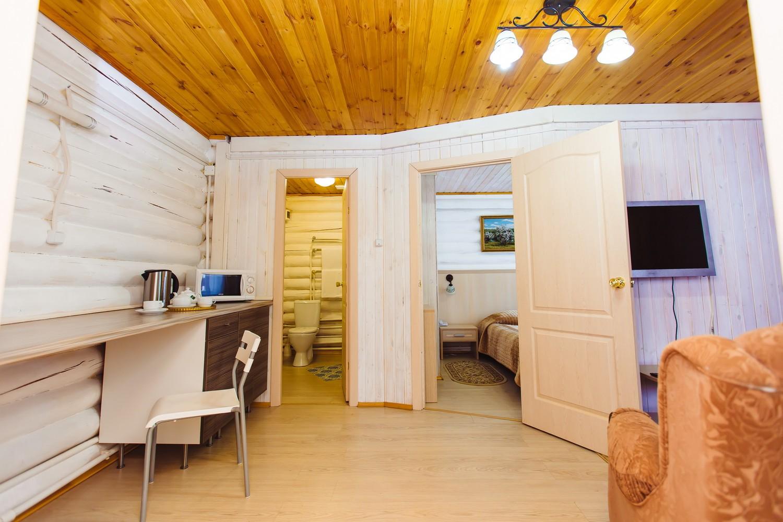 двухкомнатный апартамент изба