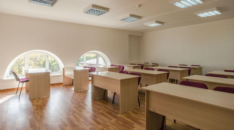 Большие переговорные комнаты