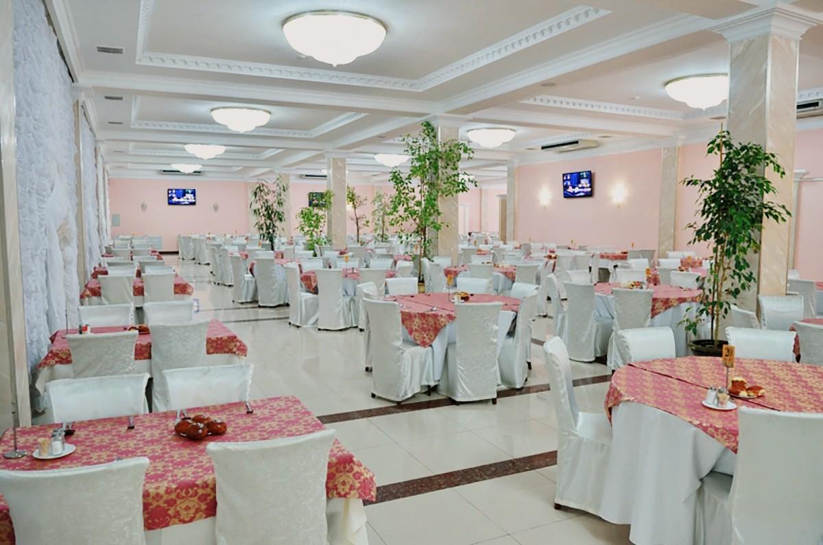 "Ресторан ""Розовый"""