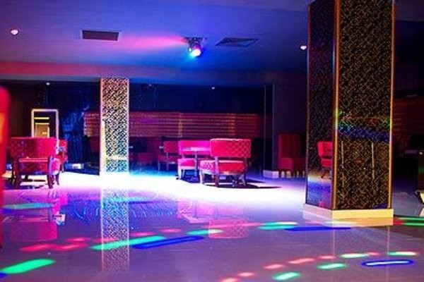 Ночной клуб 1